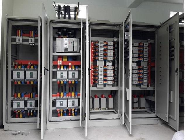 lắp đặt tủ điện công nghiệp